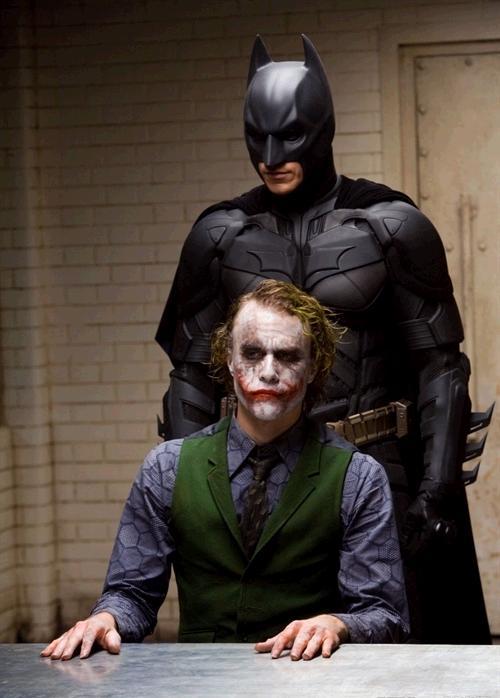 (转)蝙蝠侠前传2:黑暗骑士的台词成就经典 - 奥妙 - 不正常人类研究中心