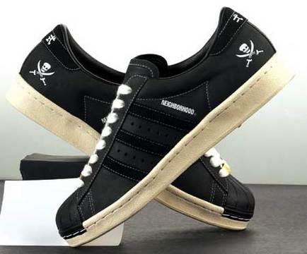 经典adidas三叶草鞋子系列 阿迪达斯 Adidas图片